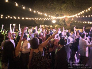 Gaine-Vineyard-Wedding-DJ-in-Santa-Barbara_Santa-Barbara-Wedding-DJ-10