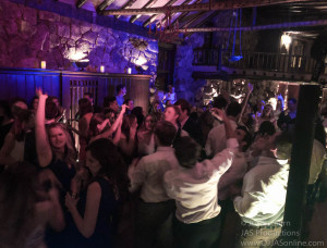 Wedding-DJ-in-Santa-Barbara_Santa-Barbara-Wedding-DJ-6